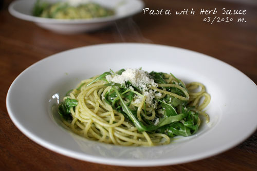pasta_herb_sauce